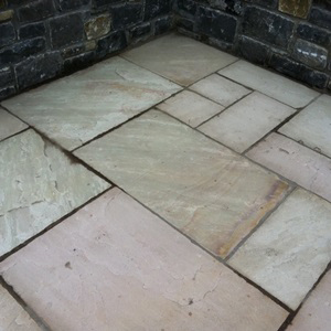 Tipperary Sandstone Paving Stone  (Pack A )